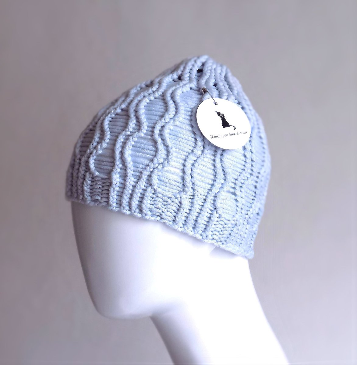 5d4f003cf60 Soft and gentle knit skull cap for women. Women  39 s hipster beanie  https   etsy.me 2EQGIL5 pic.twitter.com vSVEl8ZLBc