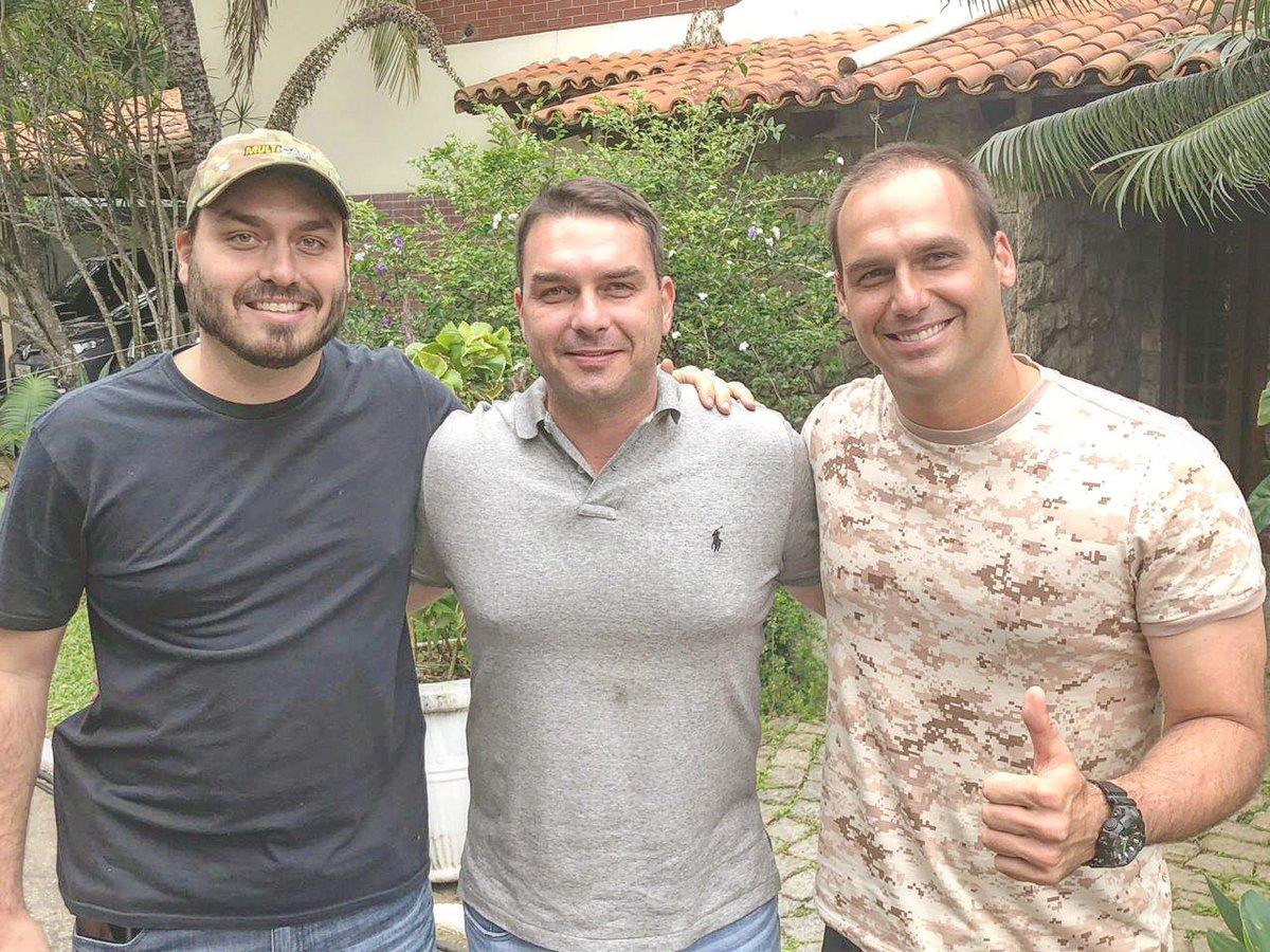 ❤️@FlavioBolsonaro @BolsonaroSP ❤️