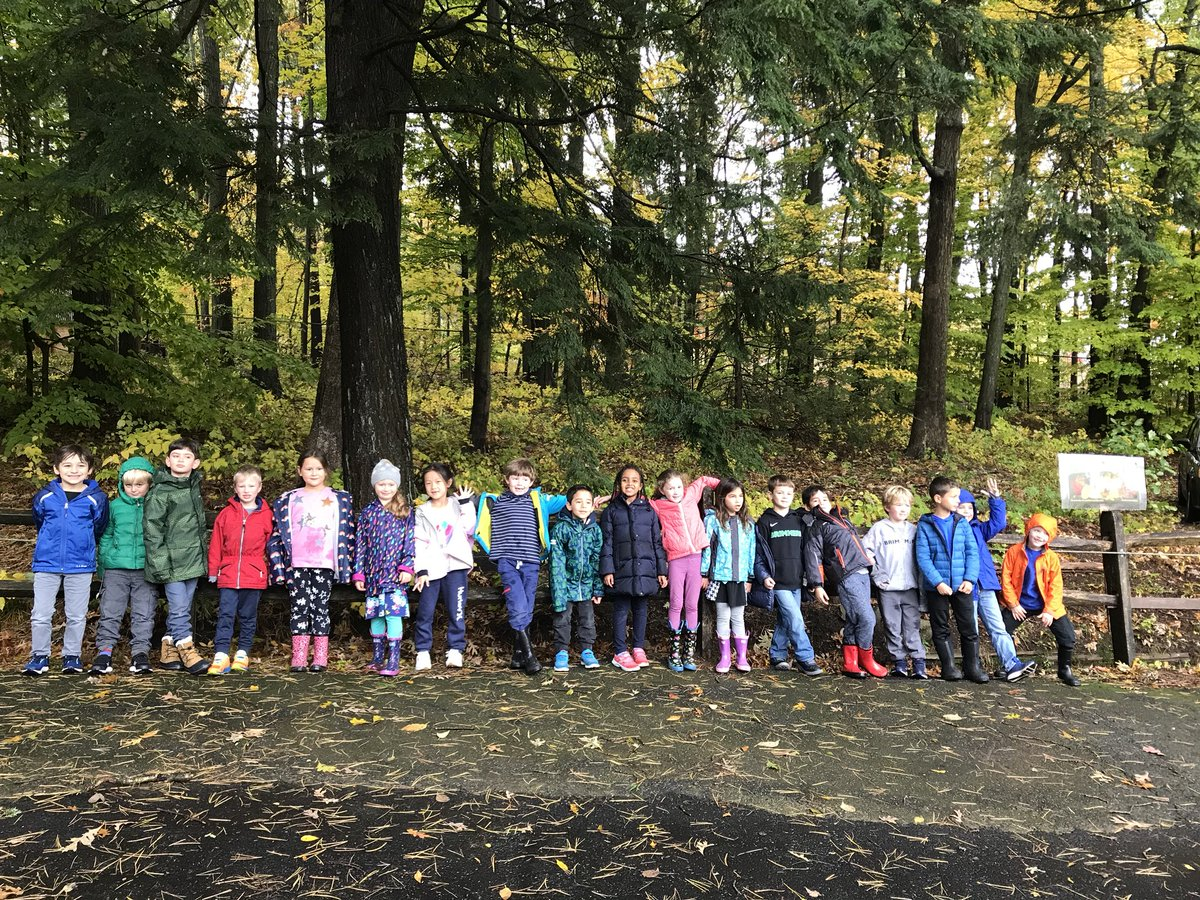 Gorgeous day for a 1st Grade field  trip with @Nmorin80 and some lovely chaperones. Thanks @MassAudubon Trailside Museum for a great morning! #Nature #OwlStudy #EncouragedToExplore @brimmerandmay