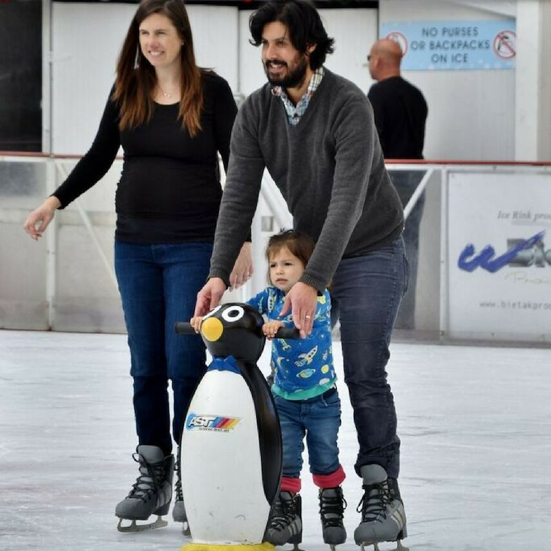 Join in the family-friendly fun at The Winter Park, 11/30/18 – 01/06/19. For rink hours, prices, rentals, parking, how to get here and more - plan your visit and purchase tickets today! http://ow.ly/uCj330mq8qR  #holidayiceskating #winterparkicerinkSFpic.twitter.com/edF7nW8iRG