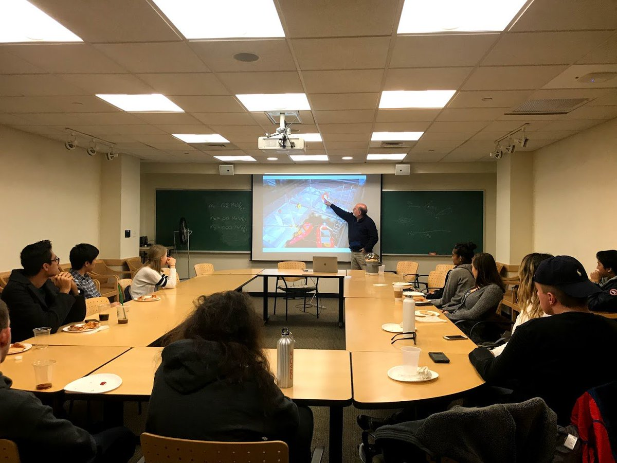 Thanks for coming out to see Prof. Ed Kearns talk about neutrino experiments and sushi! 🍣  This week will be Professor Carey Movie Night, a Photon tradition ❤️ We will show the movie The Apartment in **SCI 328**  instead of SCI 352. There will be INDIAN FOOD! Don't miss it! https://t.co/Sa6lBCapS0