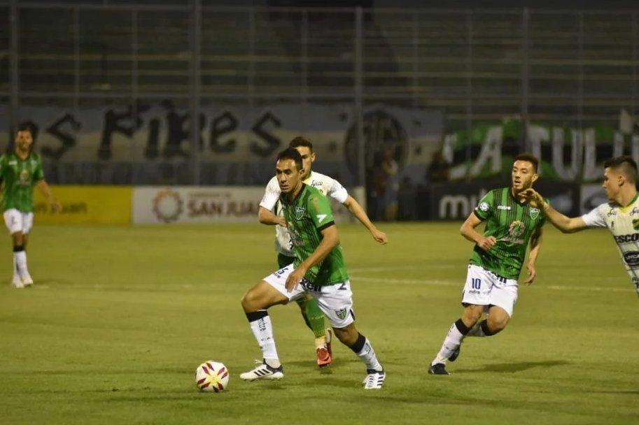 San Martin San Juan 0 Defensa y Justicia 1 - Superliga 2018/19 (Fecha 10) - Vídeo DquHVmWWsAAI-Io