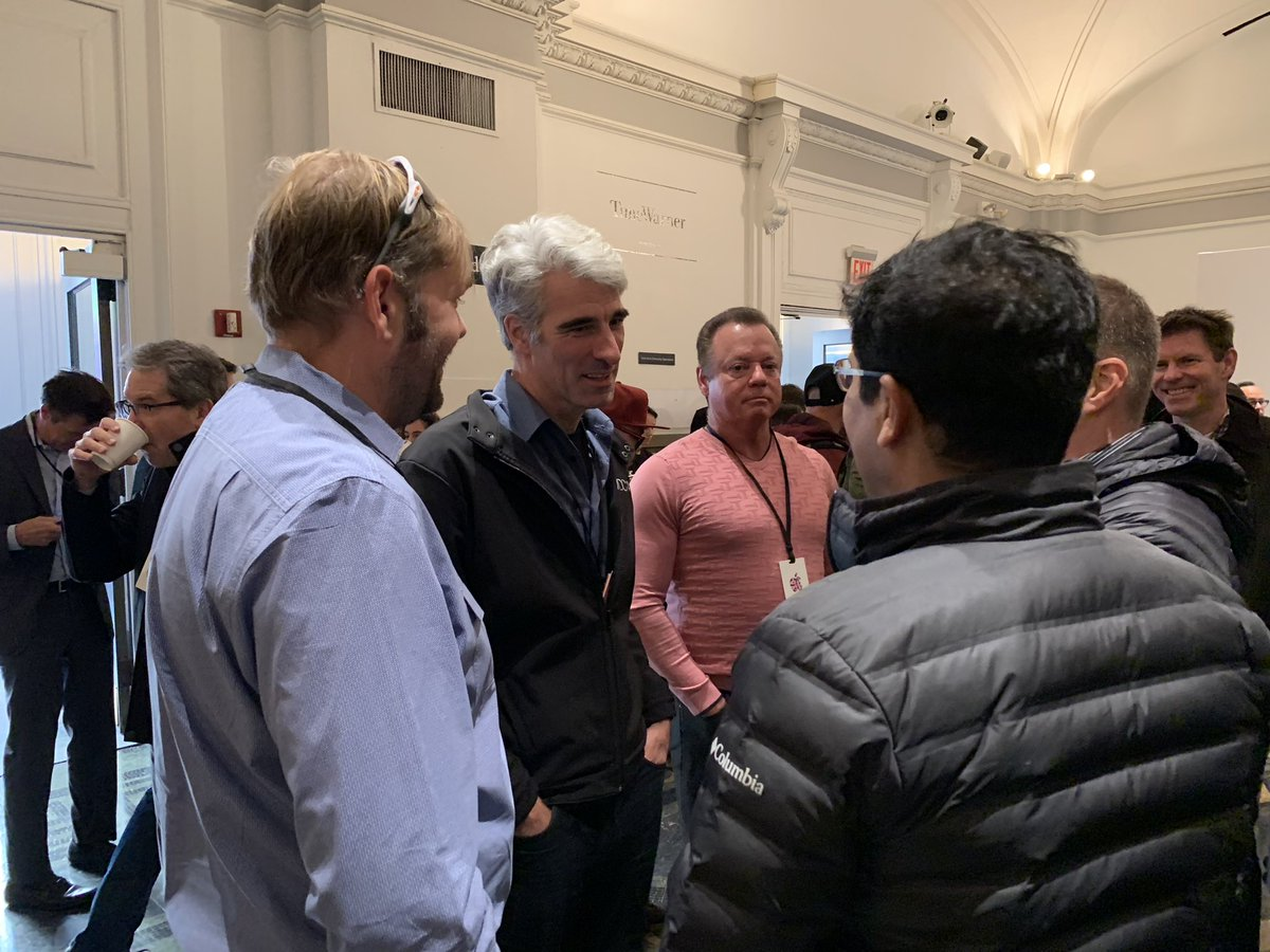 Shara Tibken On Twitter Hair Force One Himself Craig Federighi Chatting With People Before The Apple Appleevent He S Head Of Software At The Company Https T Co Mptkd47fhv