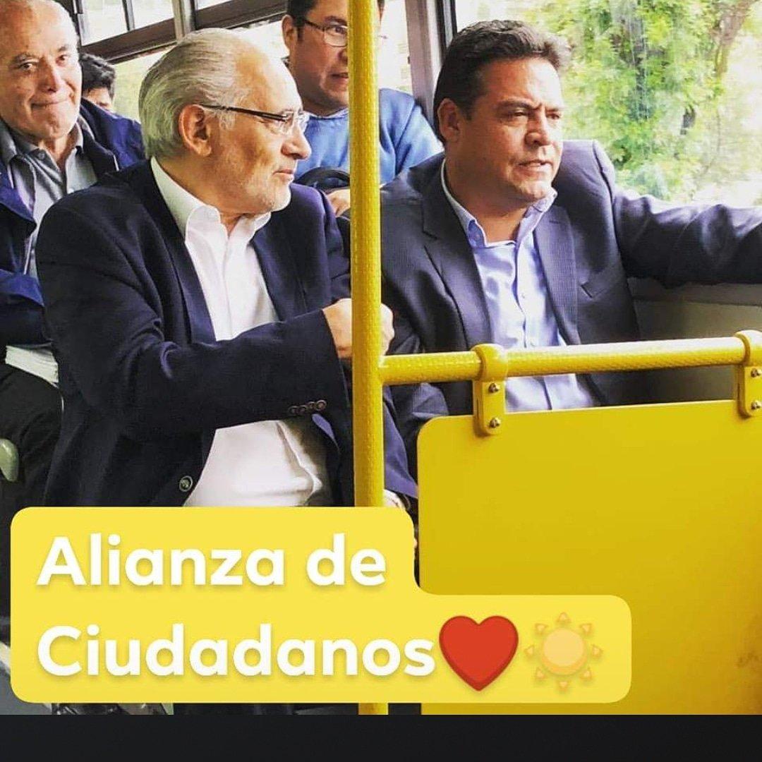 El día de hoy nuestro Secretario General Luis Revilla, formalizo la Alianza de Ciudadanos encabezada por Carlos Messa. #SoberaniayLibertad rumbo al #2019 https://t.co/QM2J6ujaeS