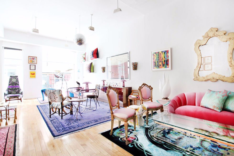 Maximalism: Because sometimes, more is more! What do you think of this bold decor style? https://goo.gl/GlvgW8