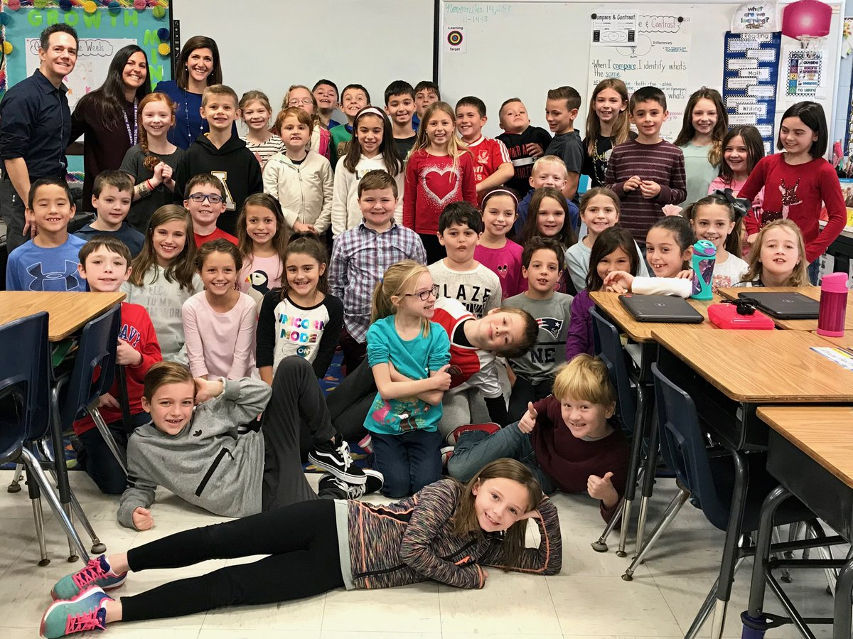 "I got to spend my ""lunch break"" with these awesome 3rd graders at #Rockwell School in #Bristol, #RI. They were psyched to hear there's a little ❄❄ in the forecast!"