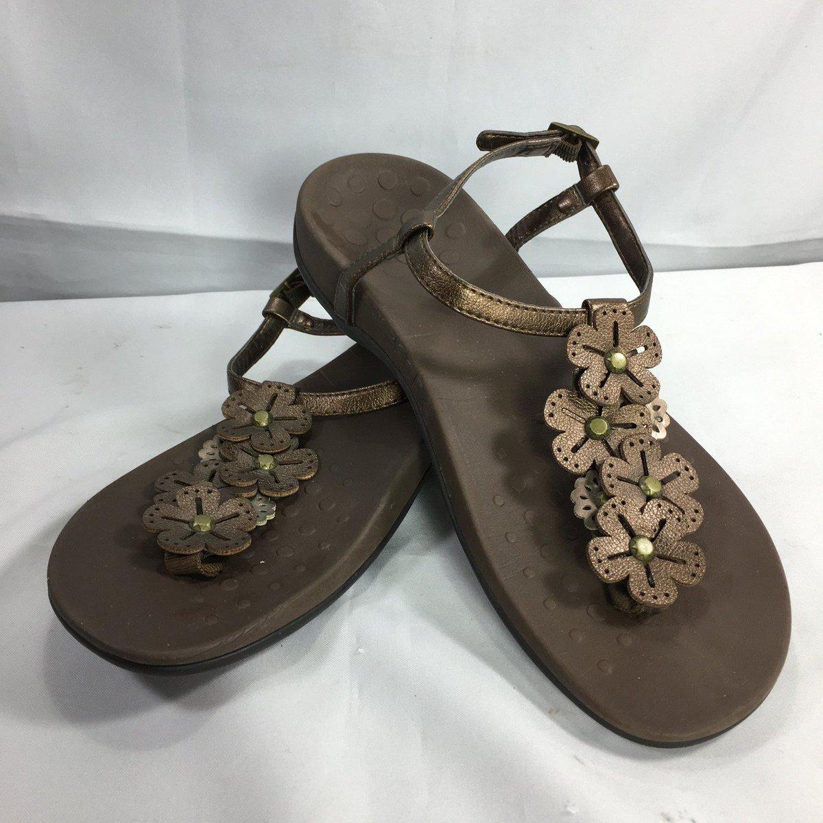 a400e3fcc18 Vionic Adjustable T-strap Sandal https   ebay.to 2PrCD41  vionic  sandals   shoes  fahionista  fashion  style  ootd  vionicshoes  fashionfootcare ...