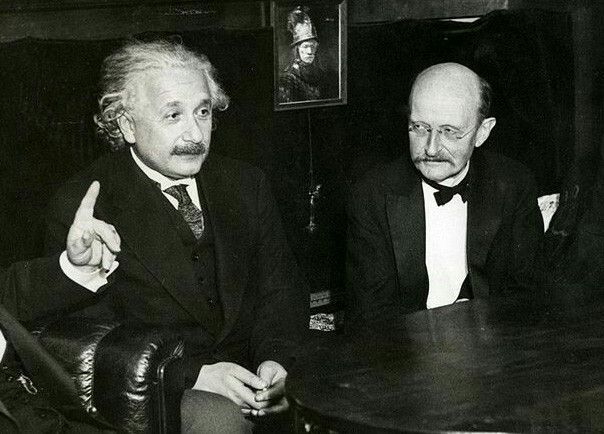In 1905, Einstein, then an unknown employee of the Swiss patent office in Bern, sent four revolutionary papers to Annalen der Physik - a physics journal edited by Max Planck. Planck immediately recognized them as works of genius and published them before sending them to referees. <br>http://pic.twitter.com/3knSME45Au