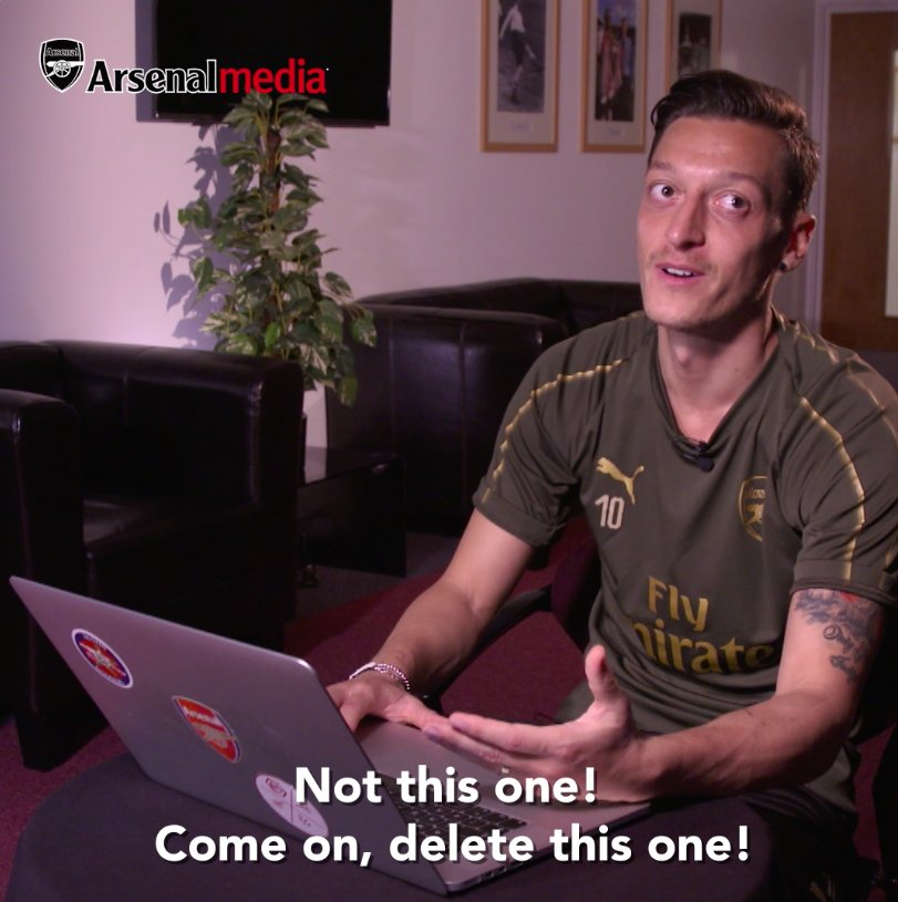 So @ODDSbible, Mesut saw what you said about his haircut… 👀 @MesutOzil1088 😂 📺 You can watch Dont @ Me with Mesut Ozil from 5pm tonight (UK time)