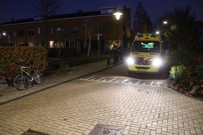 Fietser gewond geraakt bij ongeluk Catharina van Abbenbroekstraat Naaldwijk. Politie doet onderzoek naar oorzaak https://t.co/wEYT8Bwdcq