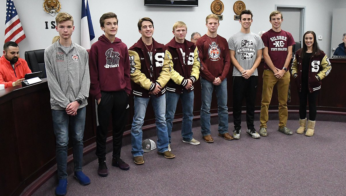 Our Cross Country Region III 4A qualifiers, and State Qualifier David Wright (second from right), recognized at our November Board of Trustees meeting on Tuesday. Way to go, Cross Country! #WeAreSilsbee #TigerNation<br>http://pic.twitter.com/Lbdcj80M35