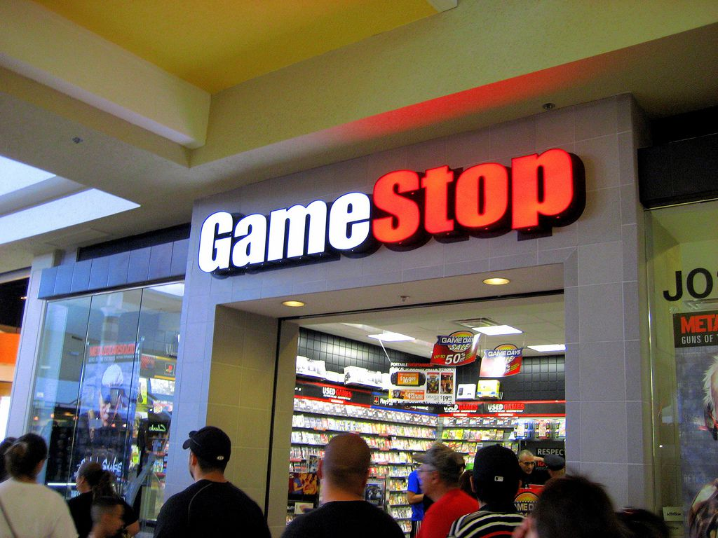 GameStop is previewing its Black Friday 2018 deals, including $70 off any Xbox One console and $100 off PSVR https://t.co/akuiNKNB6o