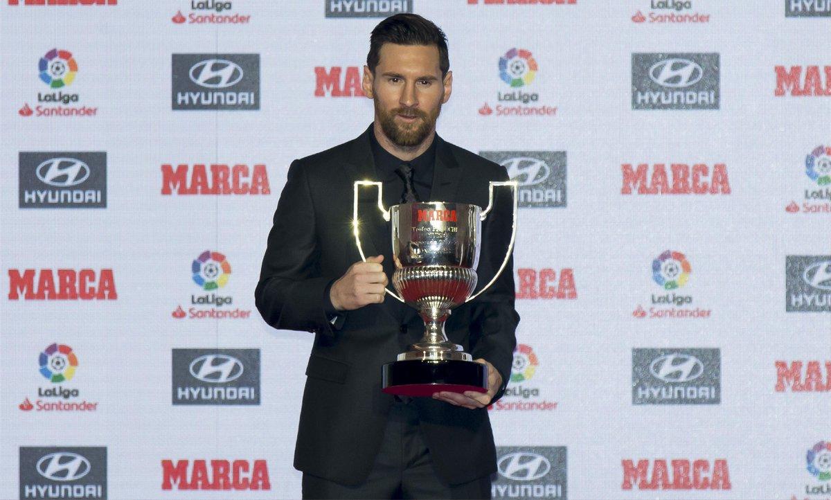 🏋♂ Ejercicio de elevación de trofeos   📊 34 puntos (goles)  🏆 Ganador: Leo #Messi