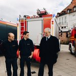 Cross-border 🇪🇺#civilprotection working in practice:  🇫🇷&🇩🇪#firemen training and working together preparing for accidents on the #Rhine.  Thank you, Minister #Strobl for the constructive engagement for a stronger Europe.  #EUProtects #EUCivPro @IMbawue @PrefAlsace67 @sdis67