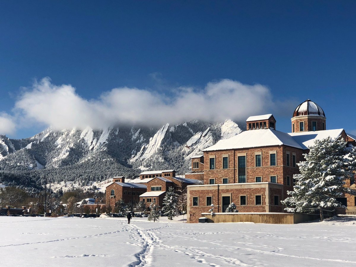 Meanwhile at @CUBoulder . . . 😍