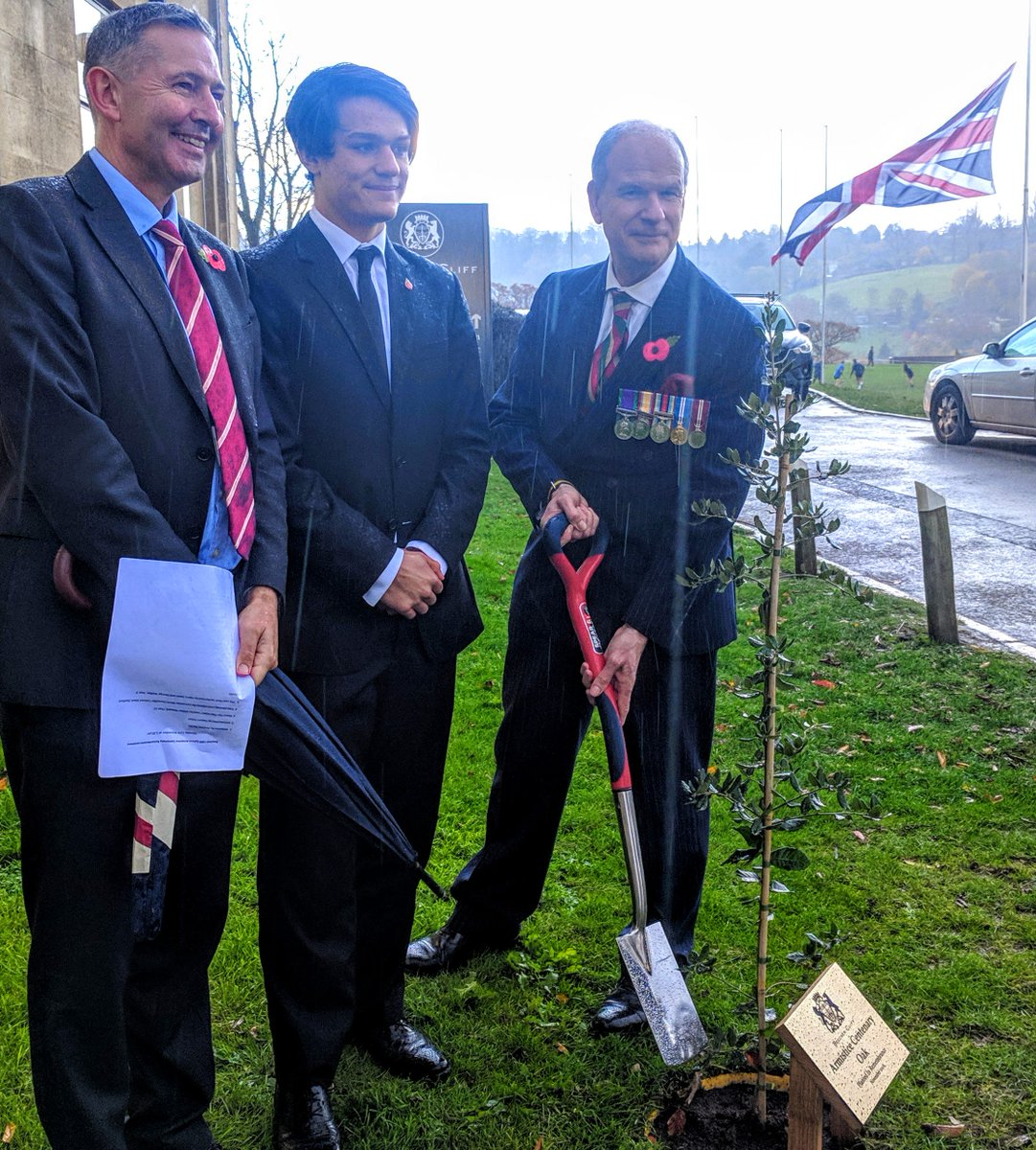 Andrew Davies, sixth form student Arthur Howard and Councillor Mark Shelford plant an oak tree at Beechen Cliff to mark the Armistice Centenary. Rupert Tobin, Head of History, provided some reflections on lessons learnt from war and rugby training was paused. #ArmisticeDay100