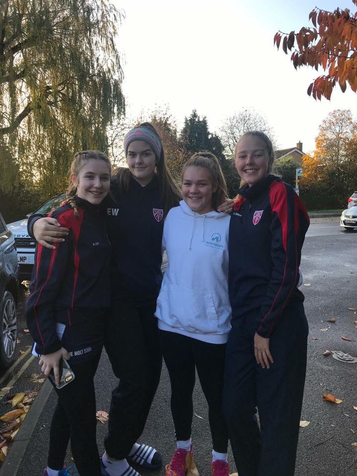 Great to see some of our @WokinghamNet club players representing @TheHoltSchool @TheHoltPE at the county schools tournament on Saturday, and our C award star umpire Chloe representing the club as an umpire. #proudclub #netballfam 🏐❤️💙