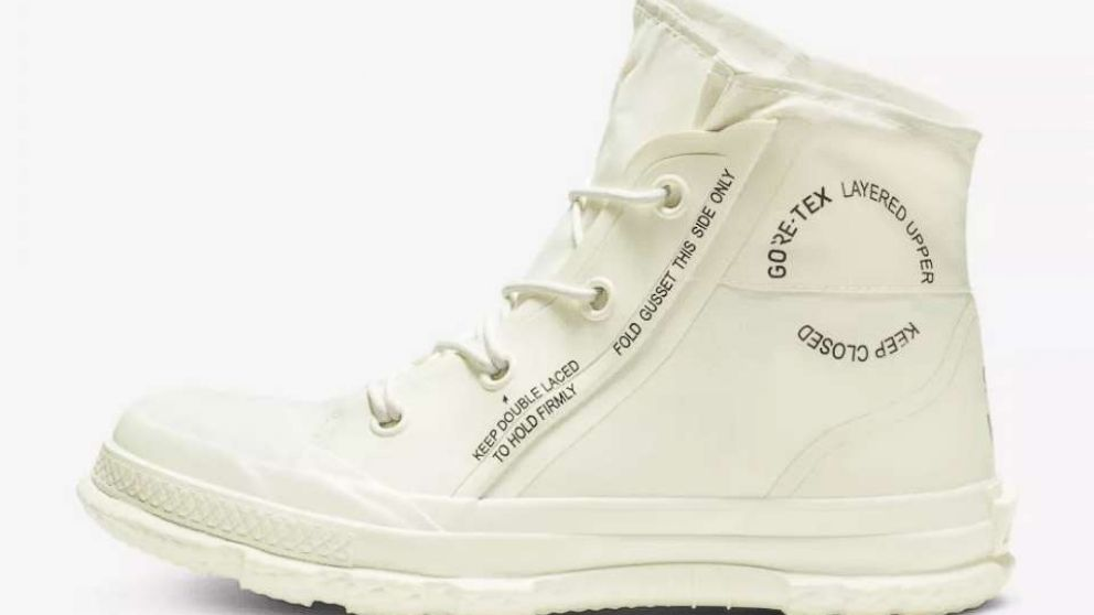 Converse just released weatherproof Chuck Taylors you can wear in the winter and were buying a pair in every color 😍 abcn.ws/2z7szEa