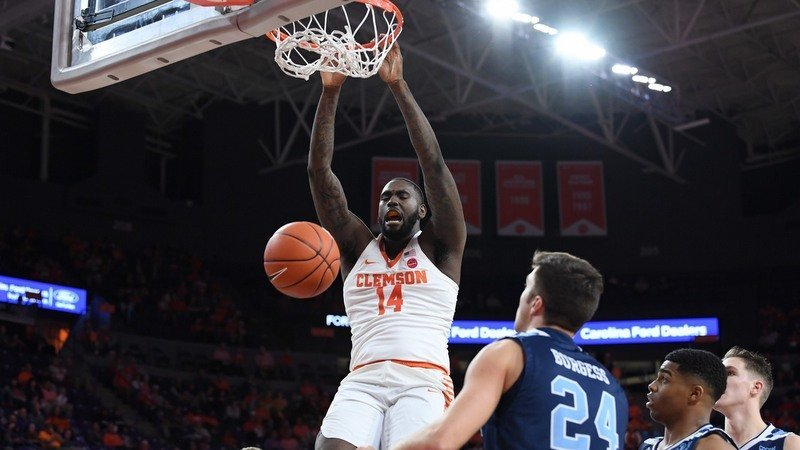 #Clemson Basketball moves up in latest AP Top 25 poll: bit.ly/2T7Cp1e
