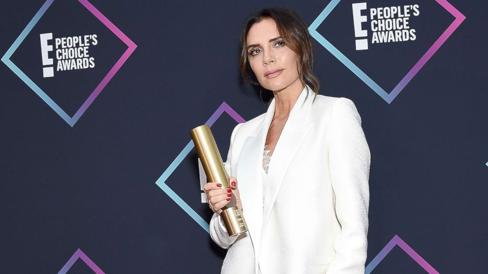 .@victoriabeckham slipped a Spice Girls joke into her @peopleschoice speech while accepting the Fashion Icon Award and it was perfect. abcn.ws/2z11Mt9