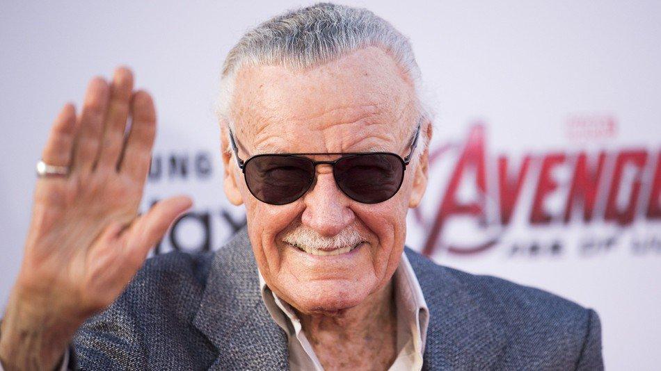 É muito muito muito triste a notícia da morte de Stan Lee.  Porém, fico mto feliz em saber q ele viveu o suficiente para ver suas obras tornado-se amadas pelo mundo inteiro, em todas as idades.  Obrigado por tudo, Stan Lee! Um dos maiores gênios da história do entretenimento.