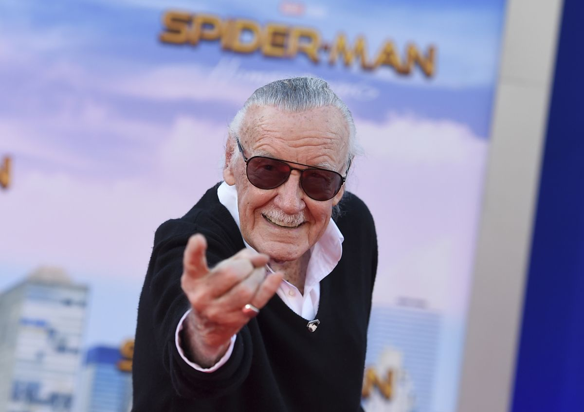 #BREAKING: Stan Lee, superhero creator, comic book icon, dead at 95. https://t.co/N0NHlnlVUG