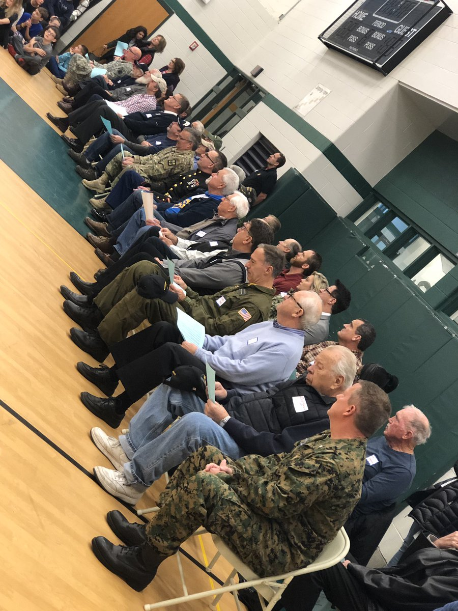 Students honored our veterans at Central Woodlands today. #cwthinkers #veterans<br>http://pic.twitter.com/R6Tok9Wfmz