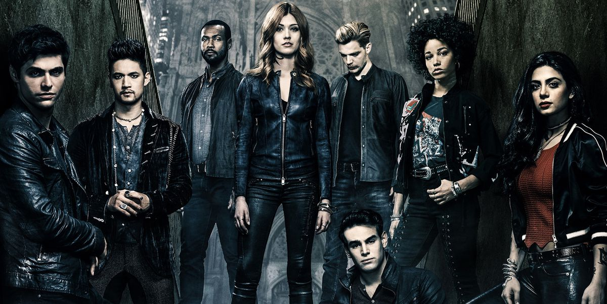 We CANNOT imagine our lives without @ShadowhuntersTV. 😭💔 Heres why you *need* to watch this epic series before it ends: csmo.us/U4gs4YA #ShadowHunters