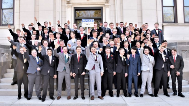 Wisconsin school district investigating photo of male students giving Nazi salute before prom https://t.co/tNPEoWl93f