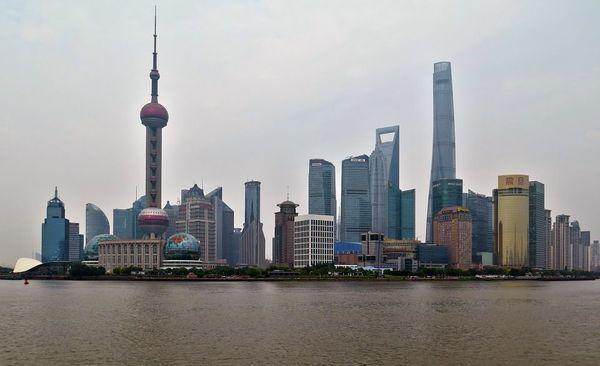 RT @JBpress: 上海で異変、日本人がどんどん逃げ出している! 社会の急変に危機感? 先を争うように脱出する日本人居住者たち 《姫田 小夏》 #JBpress https://t.co/fOBwKpO2af https://t.co/QvSPVq4Ulb