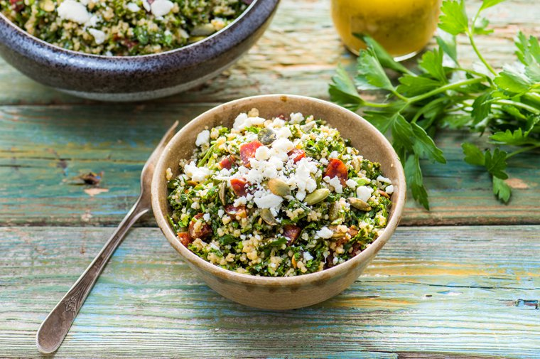 Kale Tabbouleh with Cilantro and Chorizo #recipe. #salad #foods https://t.co/s7pJUVCTB1 https://t.co/WEuTF42OtJ