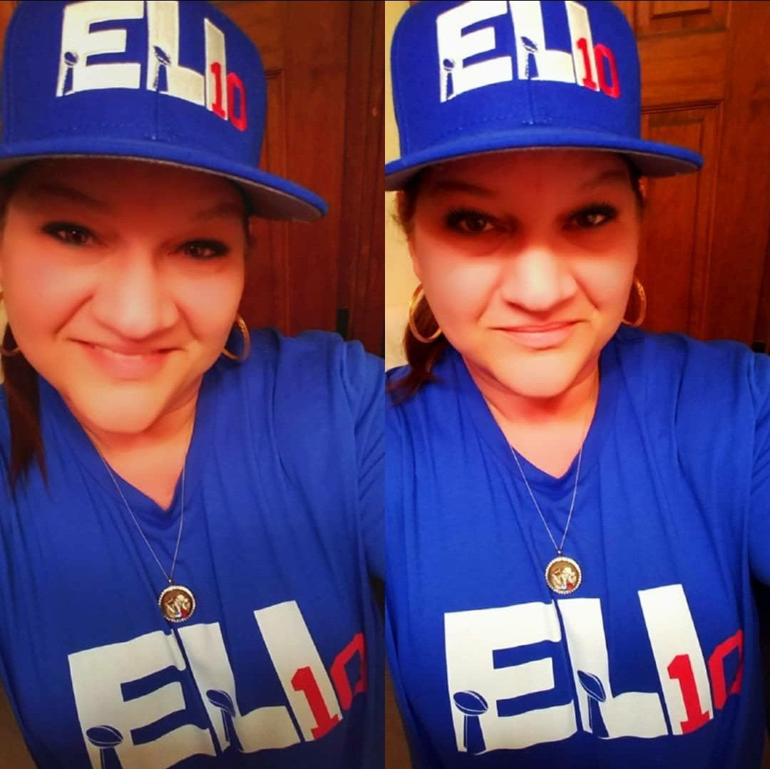 #MyQuarterback Screw the haters!!! #Eli always <br>http://pic.twitter.com/DHhEE9VLFV