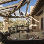 Name your price for the ultimate in indoor-outdoor living: an expansive desert estate https://t.co/WUvaBvfdq6