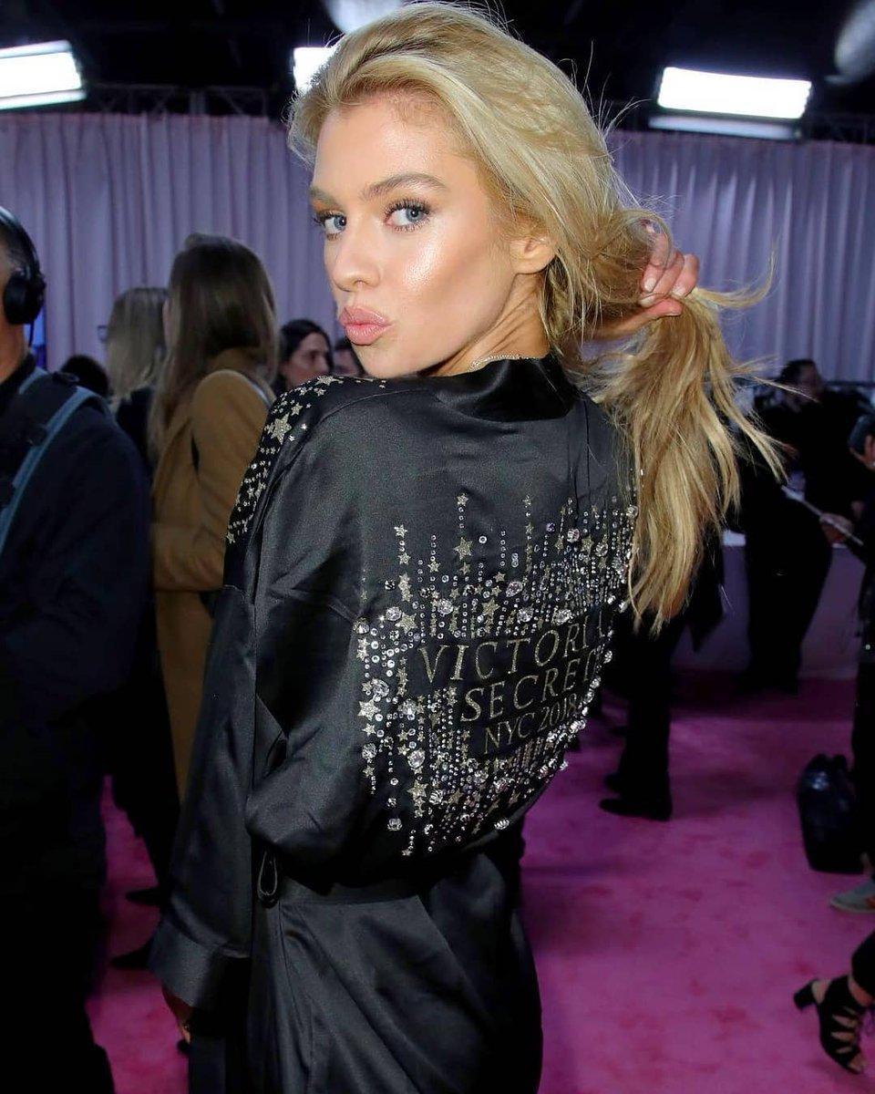 RT @SMaxwellBr: Stella Maxwell no backstage da Victoria's Secret Fashion Show. #VSFS2018 https://t.co/apY2LIcIR4