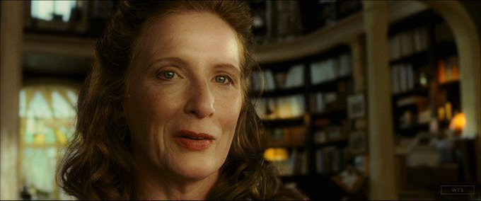 Born on this day, Frances Conroy turns 65. Happy Birthday! What movie is it? 5 min to answer!