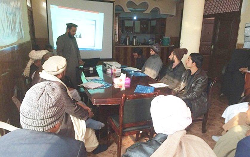اشتراک کننده گان ورکشاپ حل منازعه در هرات میگویند: ما آموختیم که منازعه مانند آتش است! hpc.org.af/dari/index.php…