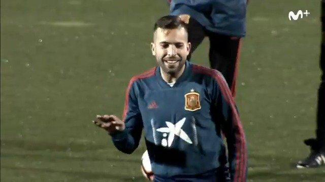 Jordi Alba, disfrutando de su regreso a la selección. #NoticiasVamos