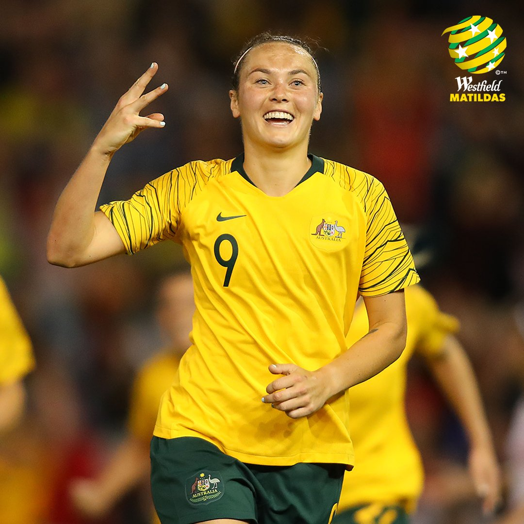 HAT-TRICK! What a performance from @CaitlinFoord 🔥🔥🔥  🎥: @FOXFOOTBALL #GoMatildas #AUSvCHI https://t.co/SOsVkVsnZL