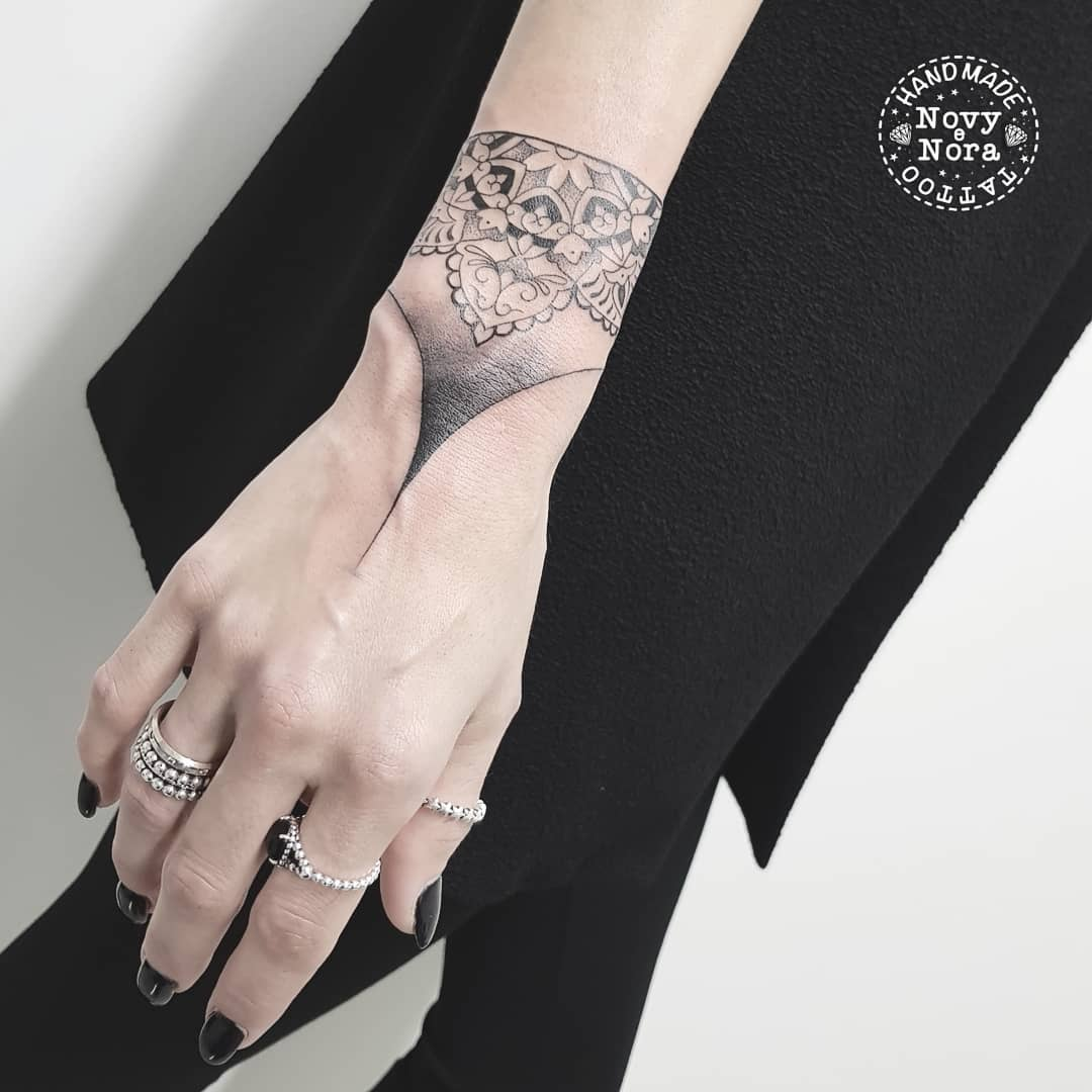 c892235e6 Novytattoo Handmade on Twitter: