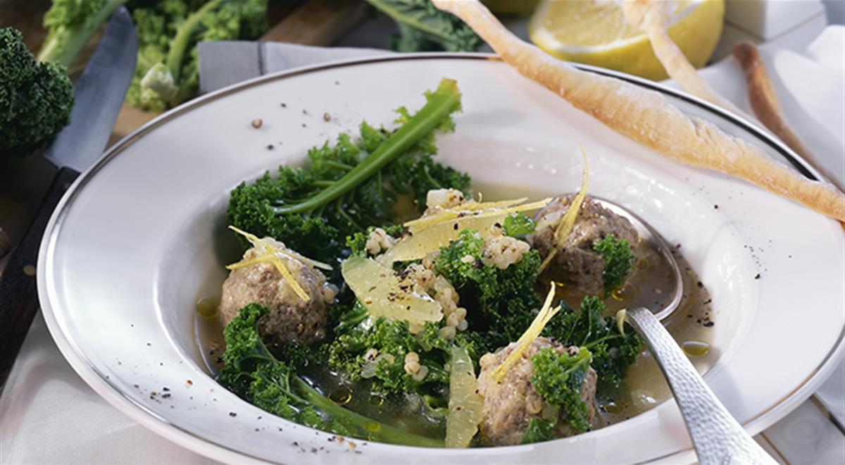 Kale Soup with Meat Dumplings, Pearl Barley and Lemon https://t.co/i5OmjUMDdj #yummy #food https://t.co/f94IgWtzU5