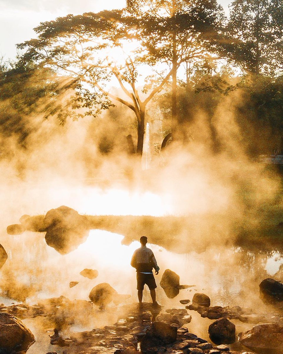 Experience Chae Son Hot Spring With @rockkhound  A major place for relaxing vacation in Lampang is Chae Son National Park in Mueang Pan District. This national park is a lush forested and mountainous region.   #AmazingThailand #OpenToTheNewShades #ReviewThailand #Lampang<br>http://pic.twitter.com/I68x8mlE3R