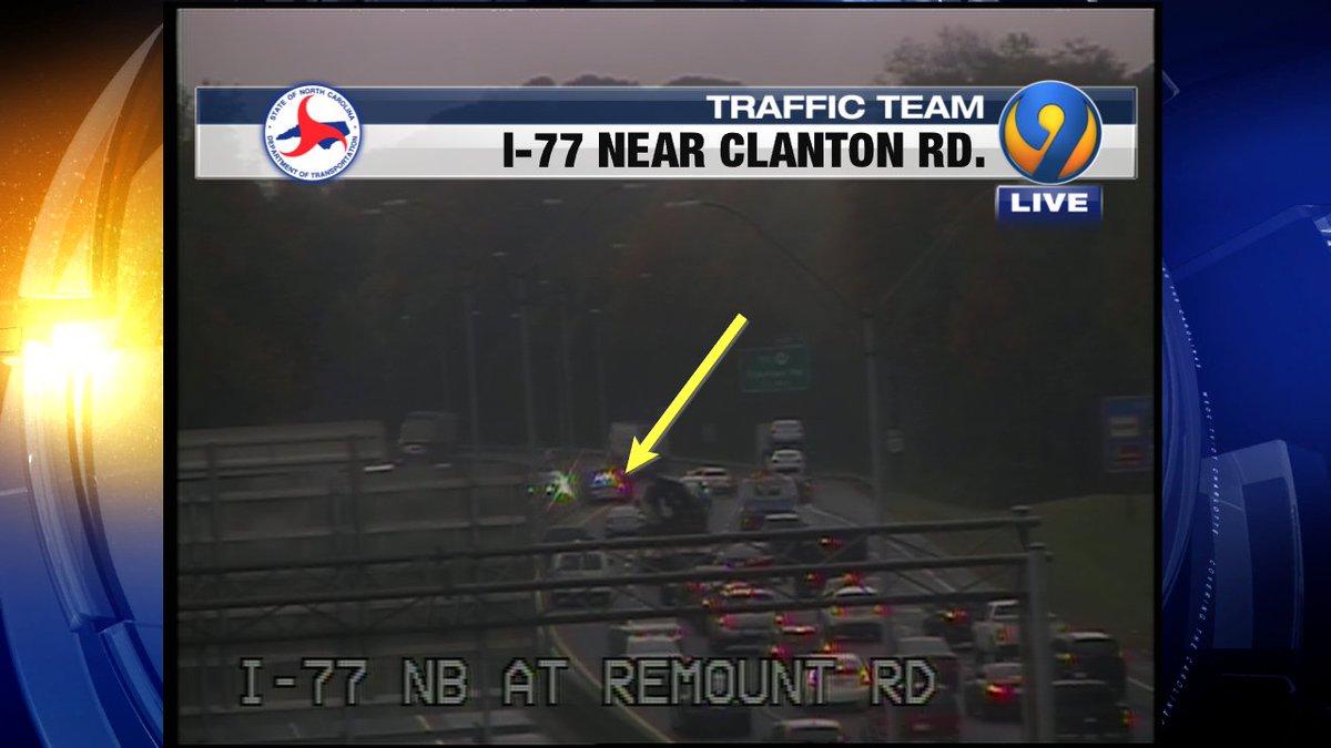 ACCIDENT: I-77 SB prior to Clanton is blocking the left lane #cltraffic #clttraffic #clt<br>http://pic.twitter.com/9aURbA54iW