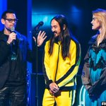 Image for the Tweet beginning: Photos: @steveaoki and @KIIARA at