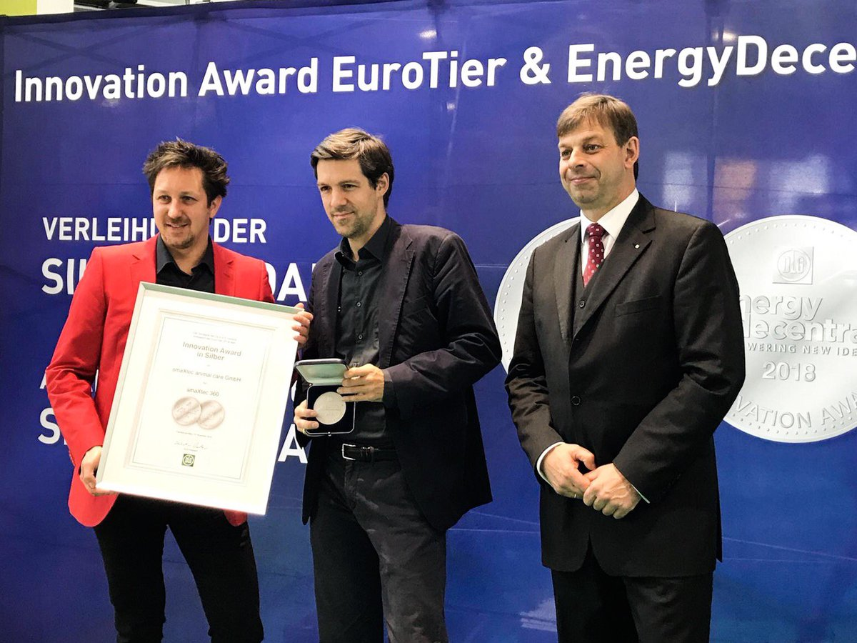Today we officially received the Innovation Award at @EuroTier 🐮 We could not be any prouder 🏆 #smaxtec #eurotier
