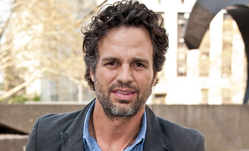 How to Love Your Boyfriend Even If He's Not Mark Ruffalo: reductr.es/2uLeJ6f
