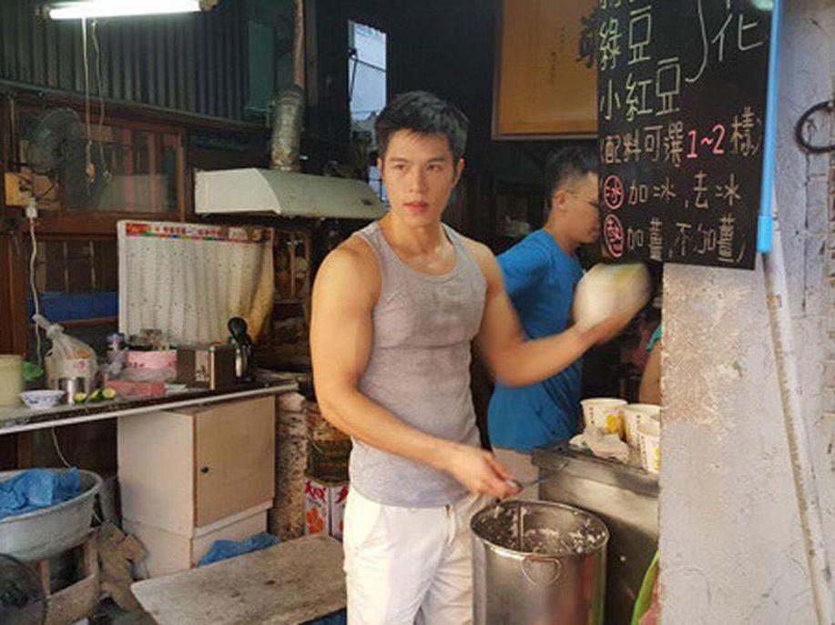 Yuk Kenalan dengan Penjual Tahu Hingga Sayur yang Ganteng! https://t.co/slrWGJ3QEL via @detikfood https://t.co/kaNC4WVF5o
