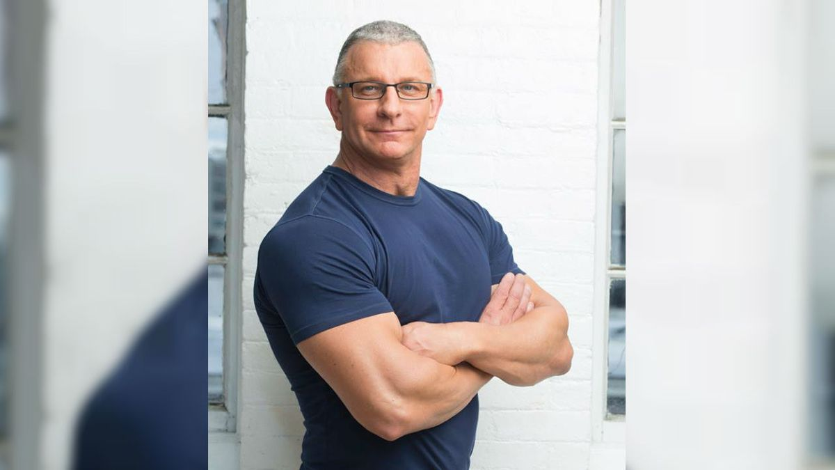 Celebrity chef @RobertIrvine to host fundraiser for Wilmington's @GLOWacademy1 in February. https://t.co/HXwCc9y3k6