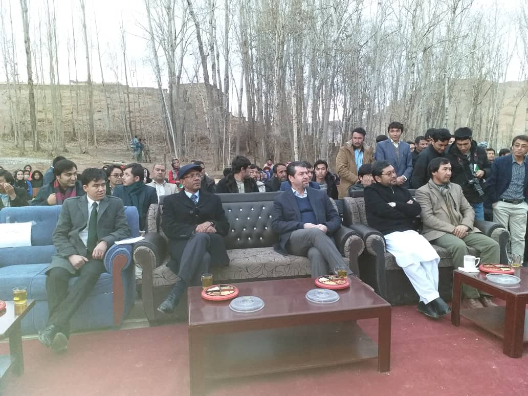 An eight room school funded by Government of India was today inaugurated by Ambassador @vkumar1969, Minister for Economy H.E Dr @mmmastoor and Governor of Bamyan Muhammed Tahir Zahir in Panjab district of #Bamyan Province.
