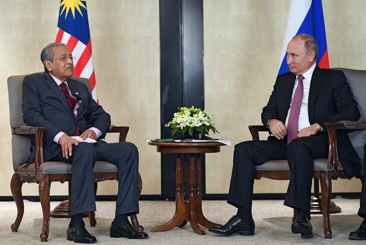 #Singapore: Meeting with Malaysian Prime Minister Mahathir Mohamad bit.ly/2OE7Ts9