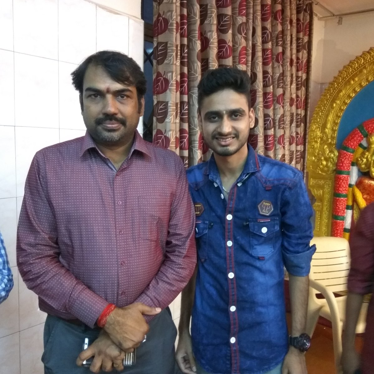 Actor Srinivas on Twitter: With Thanthi TV Rangaraj Pandey. Made my day.  #thanthi #thanthitv #news #newsreporter #tamilnews #tamilchannel #pandey #rangarajpandey #mademyday  #pic @ThanthiTV @RangarajPandeyR…